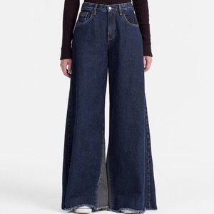 NWT Calvin Klein Jeans Extreme Wide Leg size 28x34